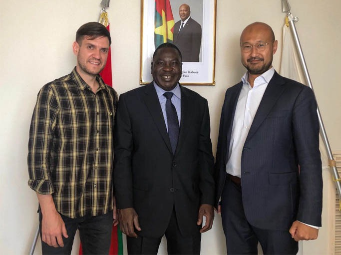 Jeff Quigley and Matsuoka Nobuske held a meeting with Burkina Faso's Ambassador to Japan